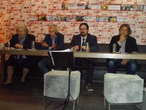 2ο τραπέζι συζητήσεων: Ελίνα Μαστέλλου-Γιαννάκενα, Νίκος Καρράς, Σπύρος Δημητρίου.
